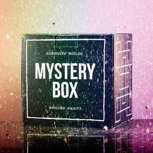 Mystery Box Name Brand Shirts Small